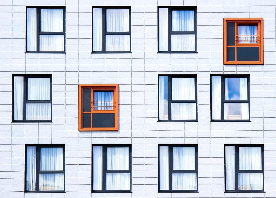 facade-828984_960_720